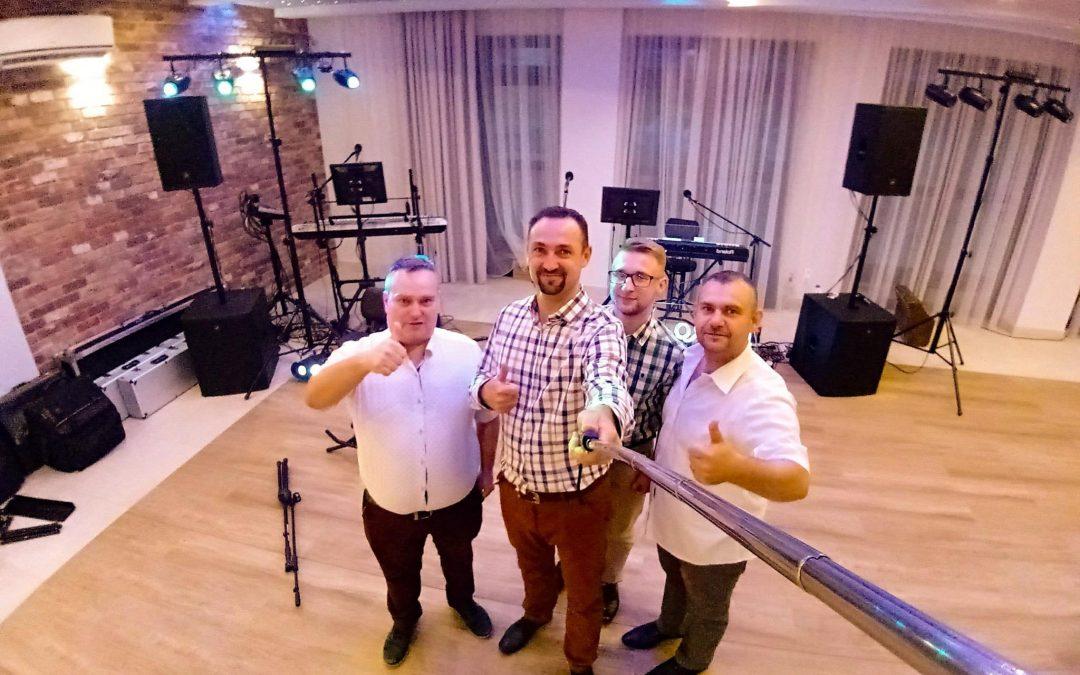 RETRO BAND – Zespół muzyczny na wesele, andrzejki, sylwestra w lubelskie i mazowieckie. Kapela, orkiestra