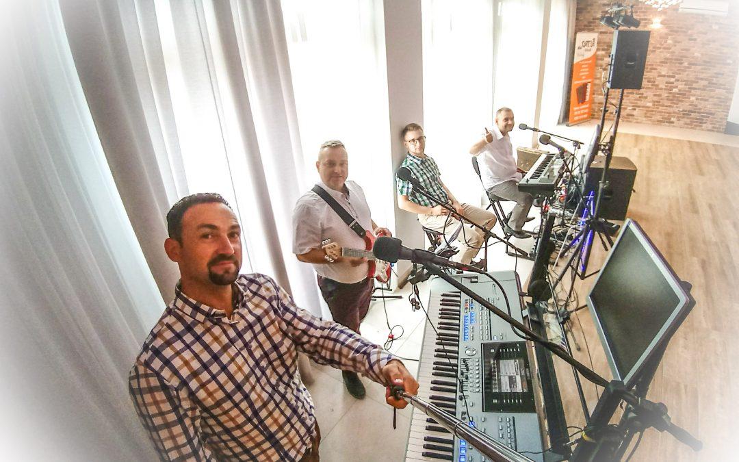 Zespoły weselne lubelskie – Zespół muzyczny RETRO 432Hz