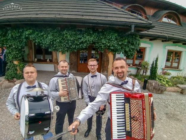 Zespół weselny RETRO BAND – Puławy Dęblin / Nocy Mało (TEXT / SŁOWA / COVER) zespół na wesele